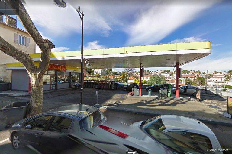 AGIP 50 boulevard wilson antibes 2011