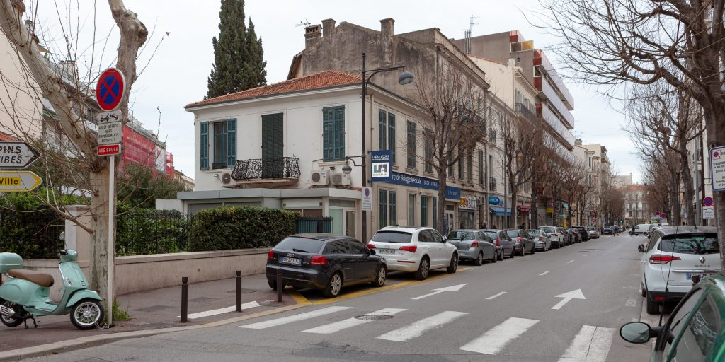 station service soleau antibes