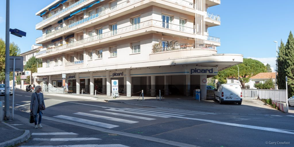 station service picard antibes