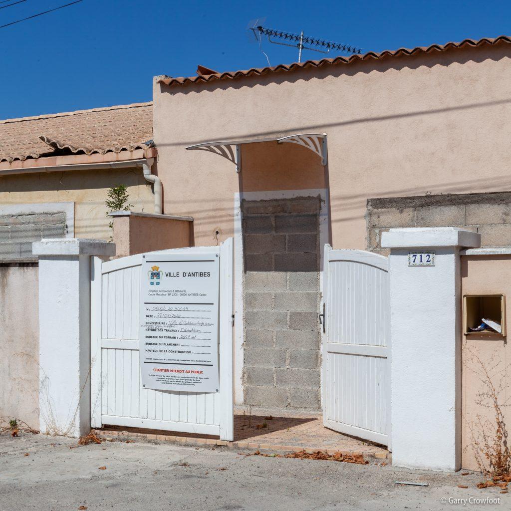 Pylone Maisons murées permis démolition Antibes 2021