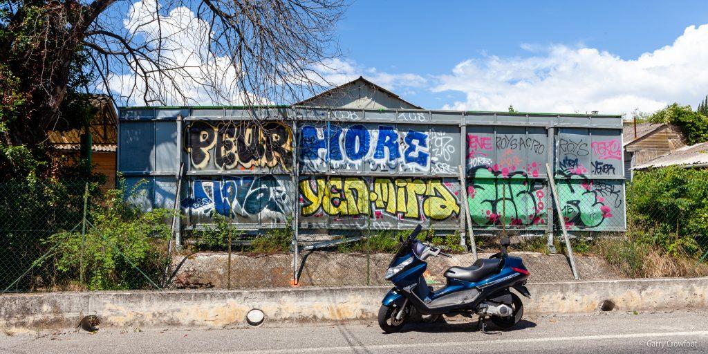 Graffiti Sarrazine Antibes
