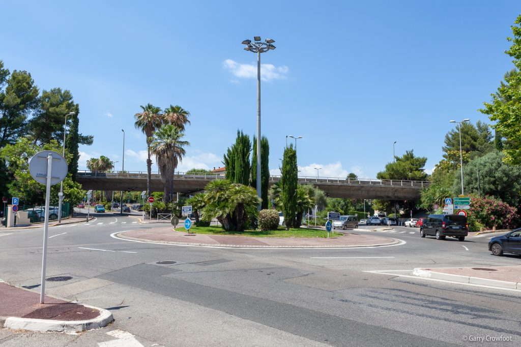 Rond Point Chataigniers Antibes