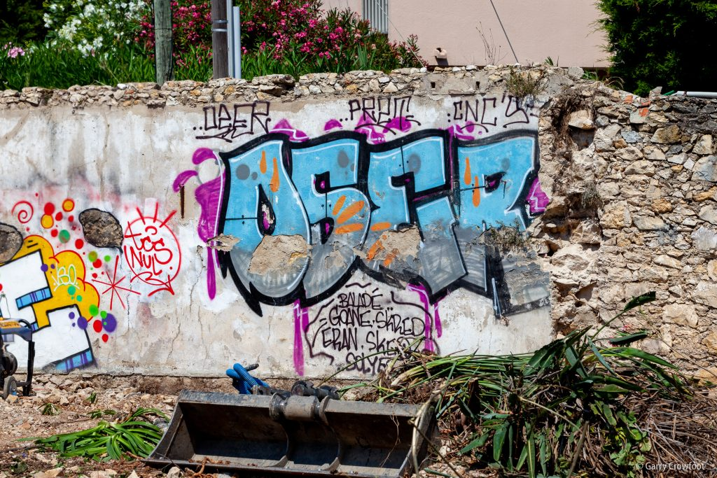 Tag Croix Rouge Antibes