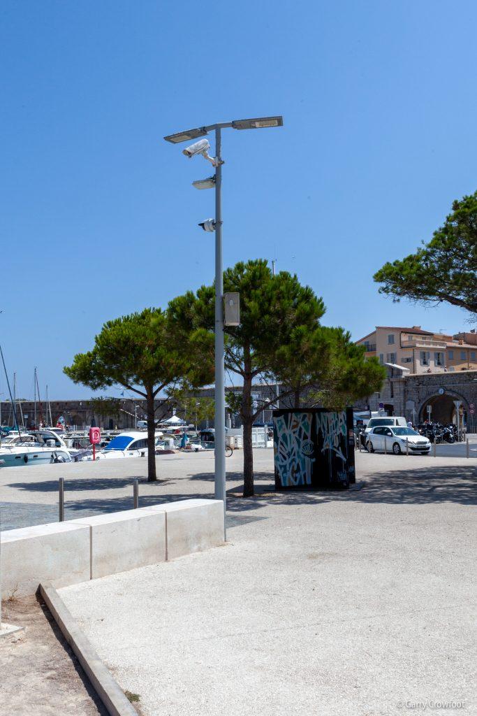 Caméra de surveillance P%ort Vauban Antibes