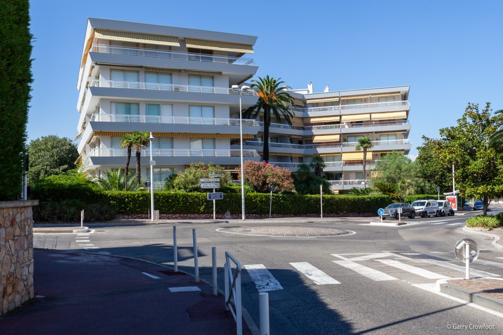 Rond point des sables Antibes