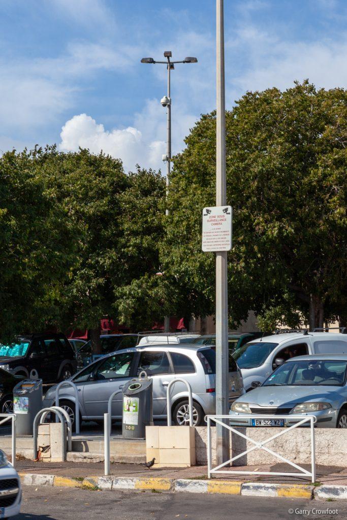 Camera video surveillance Fontonne parking commerces
