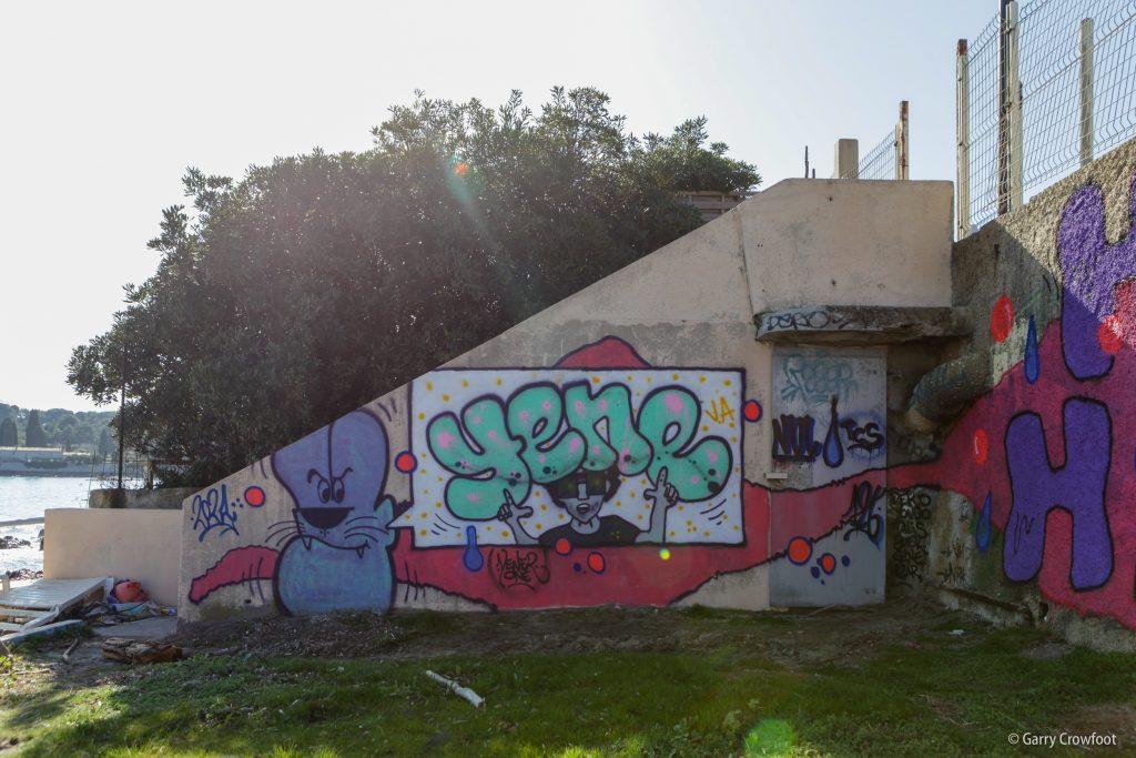 Graffiti Boulevard Bacon Cap d'Antibes 2021