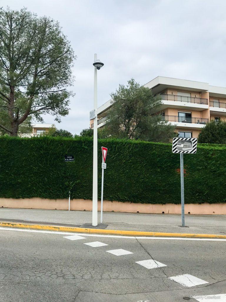 Caméra vidéo surveillance boulevard chemin de la Colle Antibes Juan les Pins
