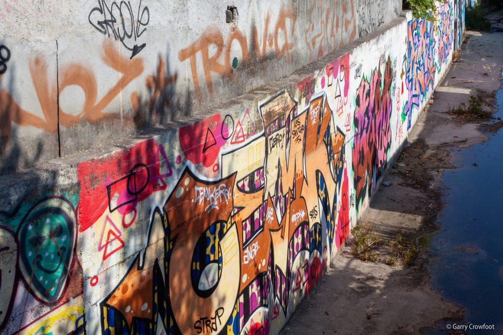 Tag graffiti Muterse Antibes