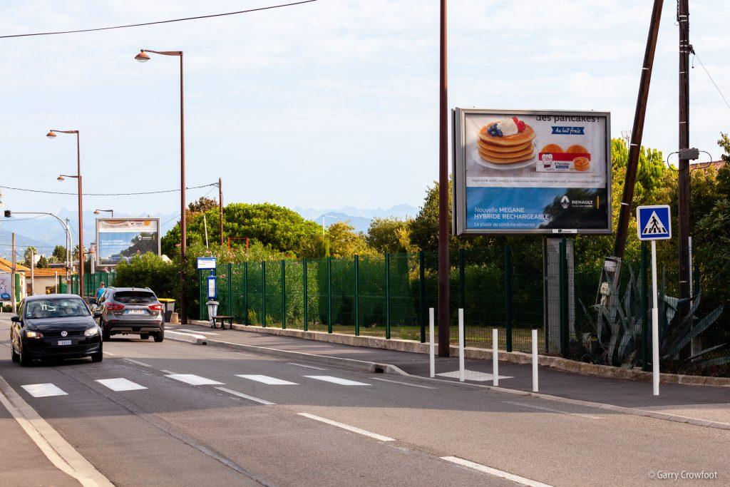Publicité déroulante 66 avenue de Nice Antibes