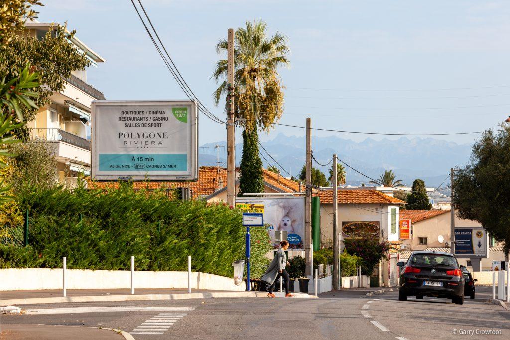 Publicité déroulante 89 avenue de Nice Antibes