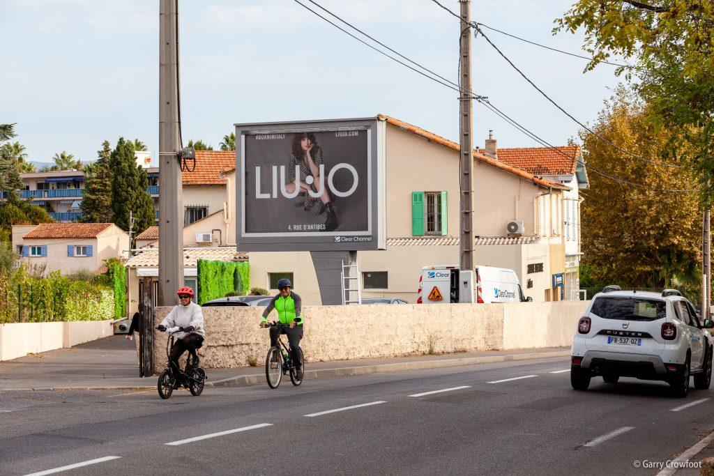 Publicité fixe 97 avenue de Nice Antibes