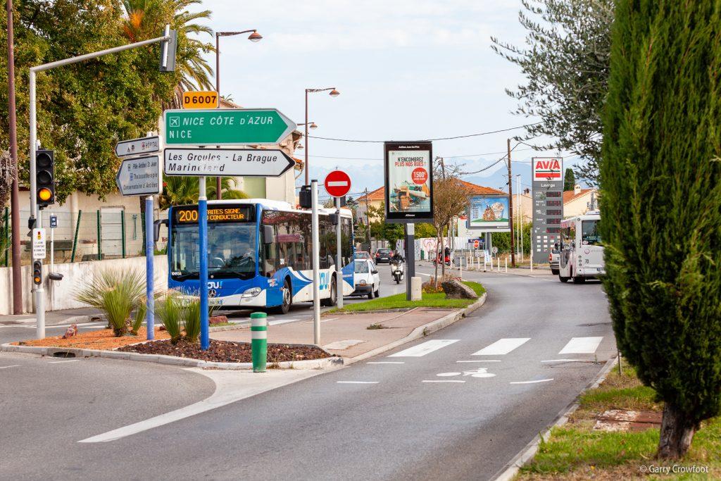 Publicité vidéo Fontonne avenue de Nice Antibes