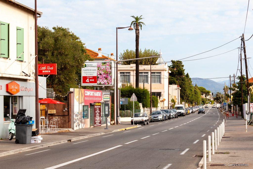 Publicité fixe 143 avenue de Nice Antibes