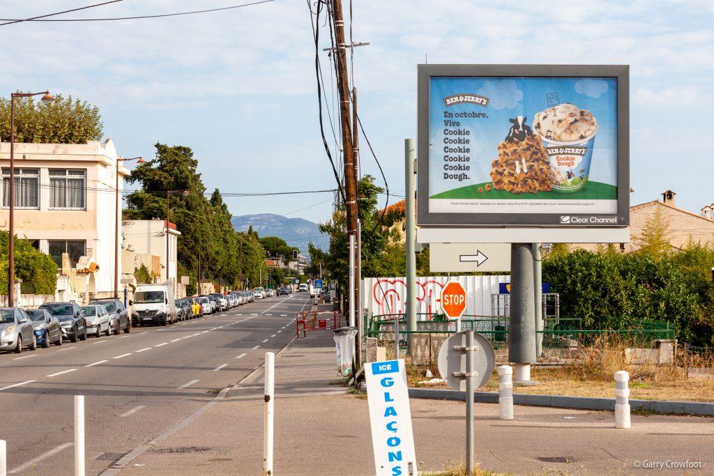 Publicité déroulante 136 avenue de Nice Antibes