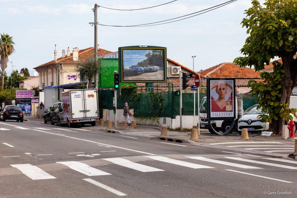 Publicité video 351 avenue de Nice Antibes