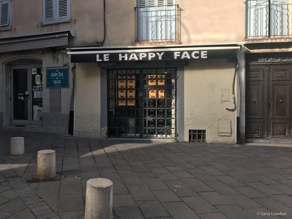 Happy Face Antibes