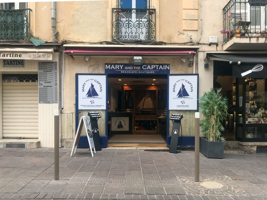 Mary and the Captain rue Aubernon Antibes