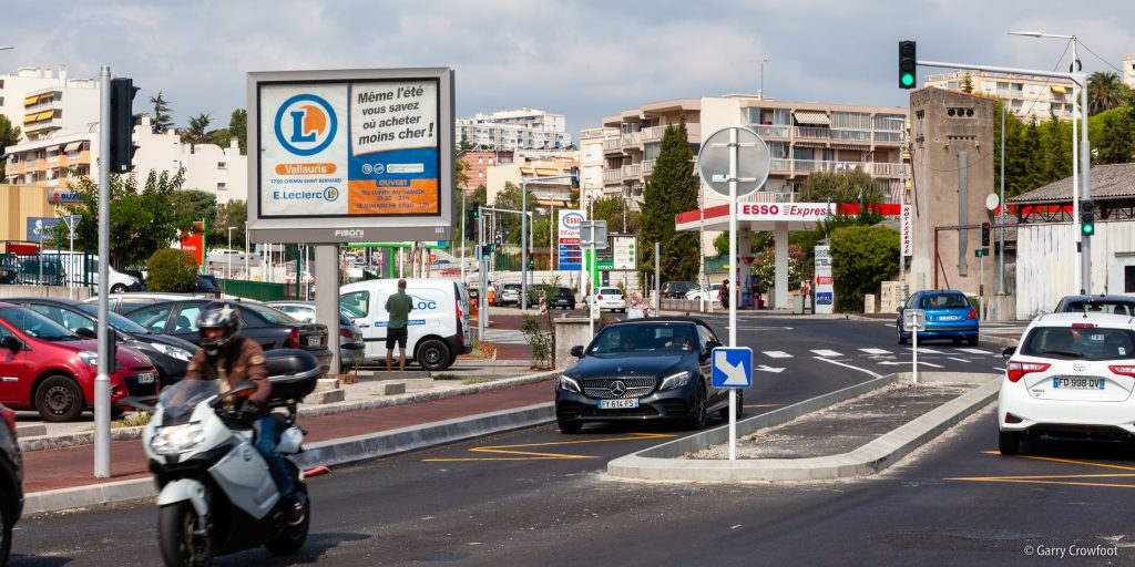 Avenue Philippe Rochat Panneaux Publicitaires Antibes 2021